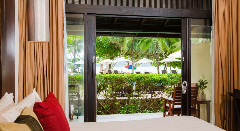 Hello Islands   Impiana Resort Patong
