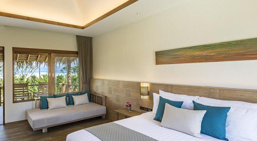 Hello Islands | Phi Phi Island Village Beach Resort