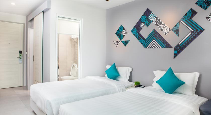 Hello Islands | The Crib Hotel