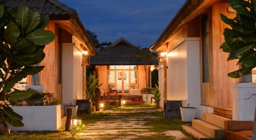 Hello Islands   Bundhaya Villas