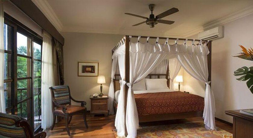 Hello Islands | Casa Del Mar Hotel